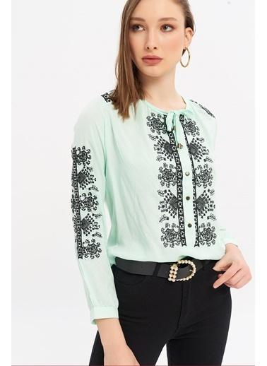 ESQ Siyah Nakışlı Çıtçıtlı Bluz Yeşil
